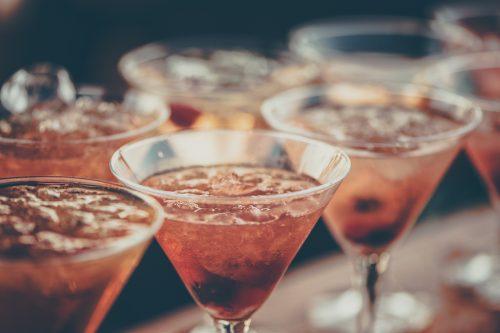 alcoholic-beverages-bar-beverage-613037